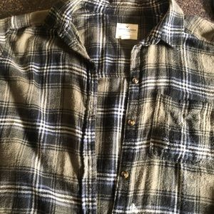 American Eagle distressed flannel
